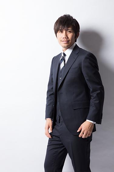 麻布テーラーのスーツを着ている浦和レッズ 柏木陽介選手