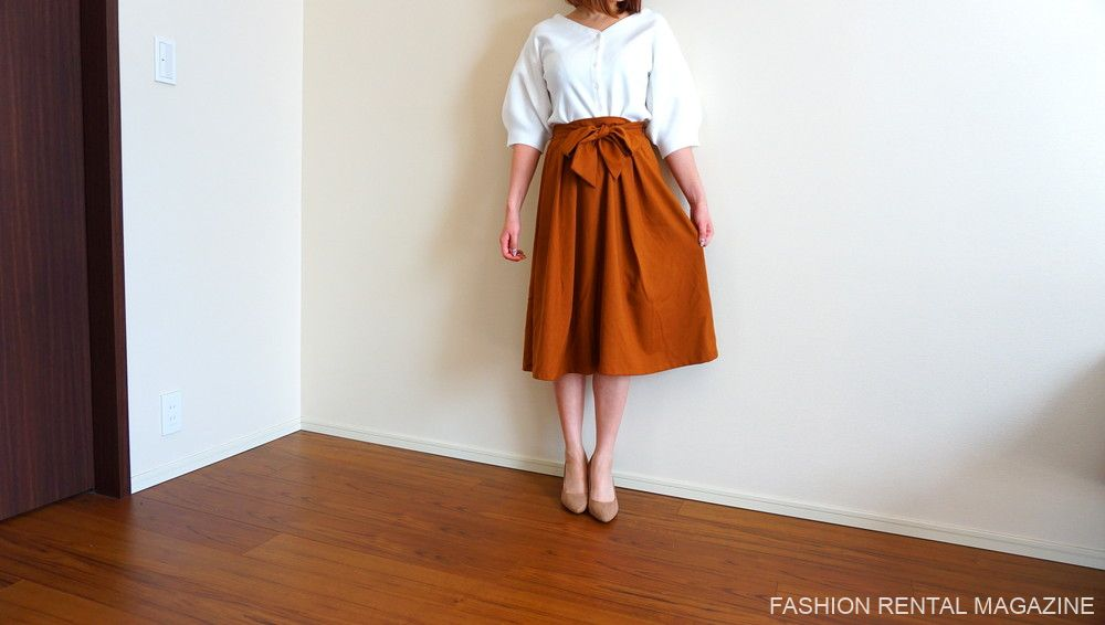 トップス×スカート