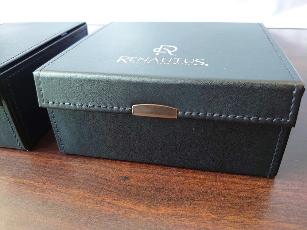 ルノータス ハードケース 内箱 ブラック サイド 作り込み