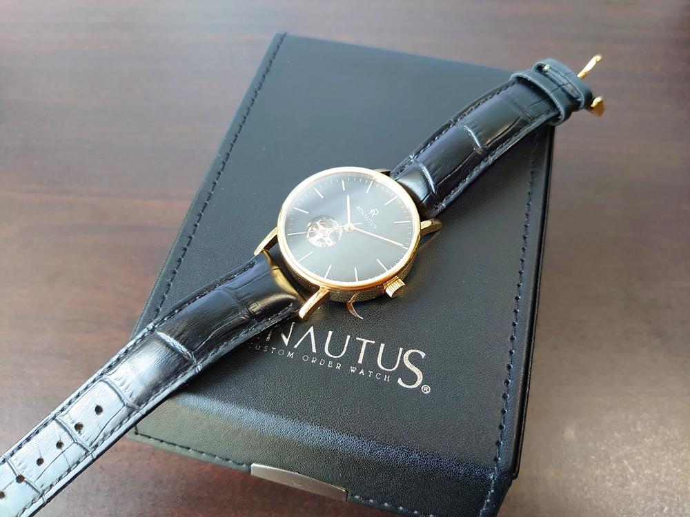 ルノータス腕時計 上質仕上がり フロント