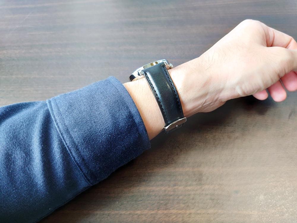 RENAUTUS ルノータス(クラシッククォーツ40mm)腕時計「着用」2