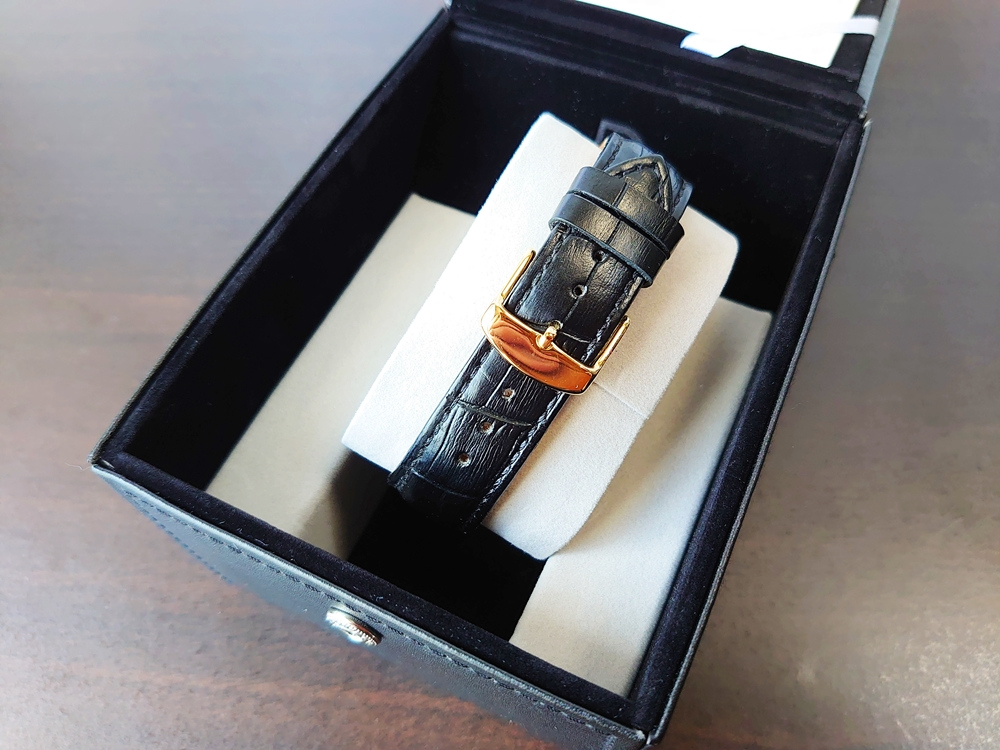 ルノータス スタンダードオートマチック(機械式)38mmモデル ベルト ストラップ 梱包