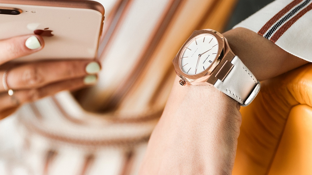 D1 MILANO Ultra Thin Rose Gold Case Leather Strap