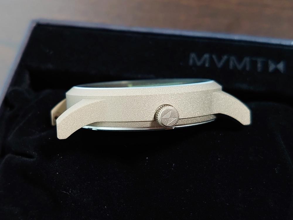 MVMT FIELD VERT ムーブメント フィールド ヴァート フラット ガラス