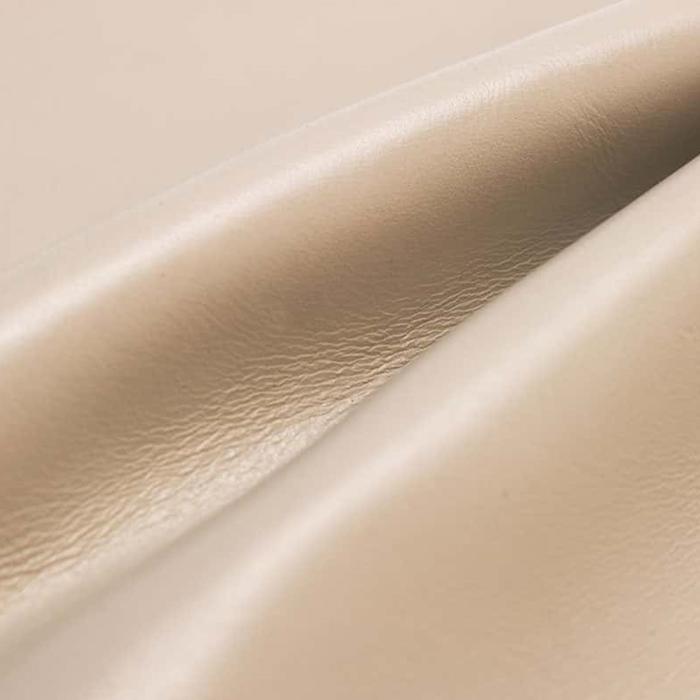 ホワイトベージュ Business Leather Factory(ビジネスレザーファクトリー)レザー 本牛革