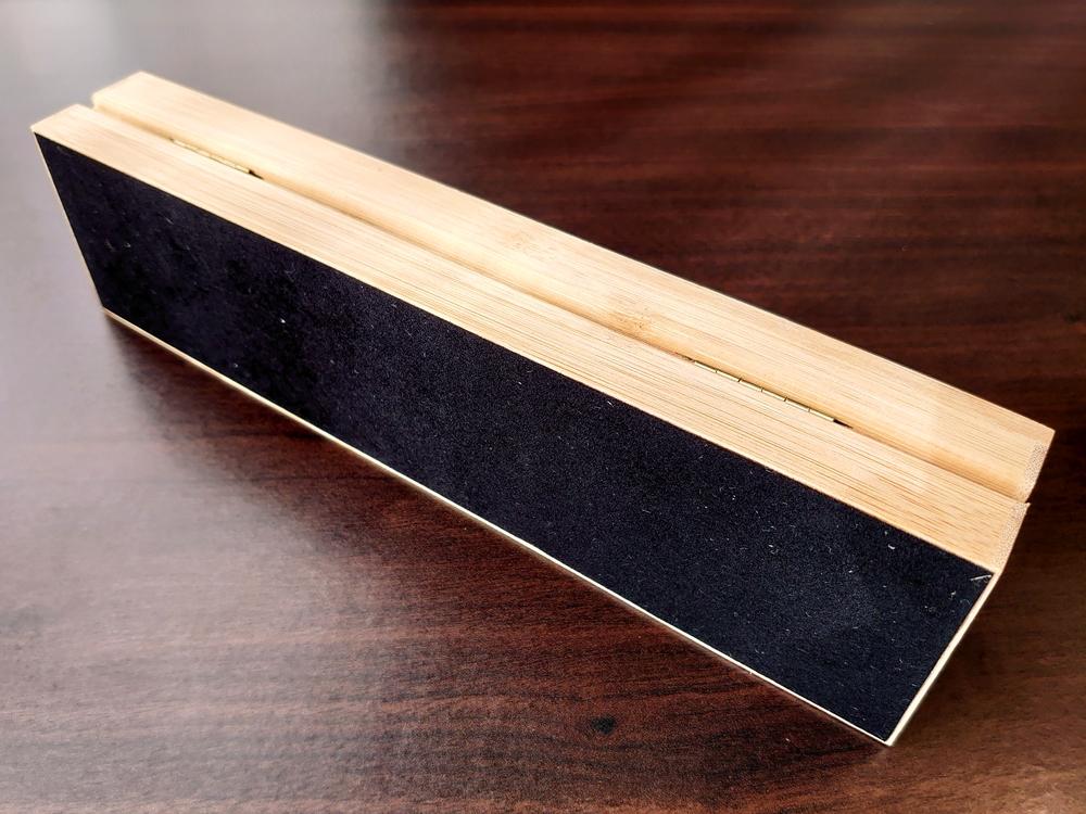 ヴェアホイの美しい「木製ボックス」裏側