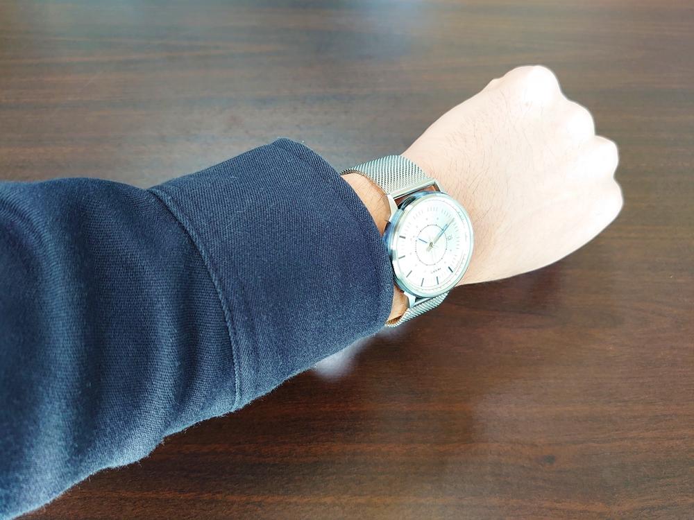 Lagom Watches ラーゴムウォッチ SJOシリーズ【LW054】 シルバーメッシュ 着用5
