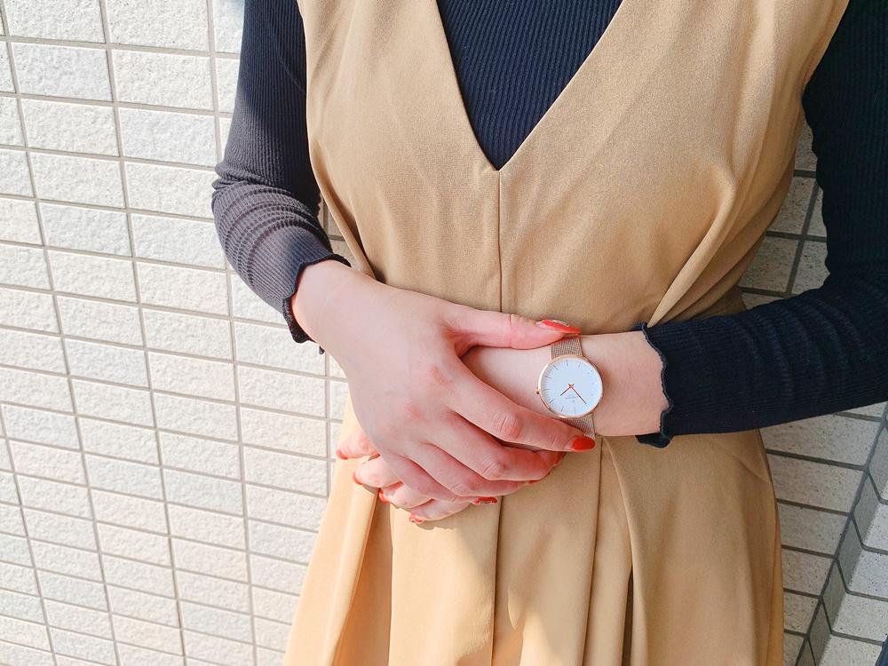 Nordgreen ノードグリーン Infinity インフィニティ ローズゴールド メッシュ(32mm)レビュー 女性着用3