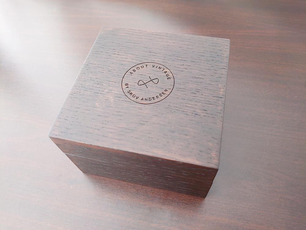 About Vintage(アバウトヴィンテージ)パッケージング 木製腕時計ボックス 外観
