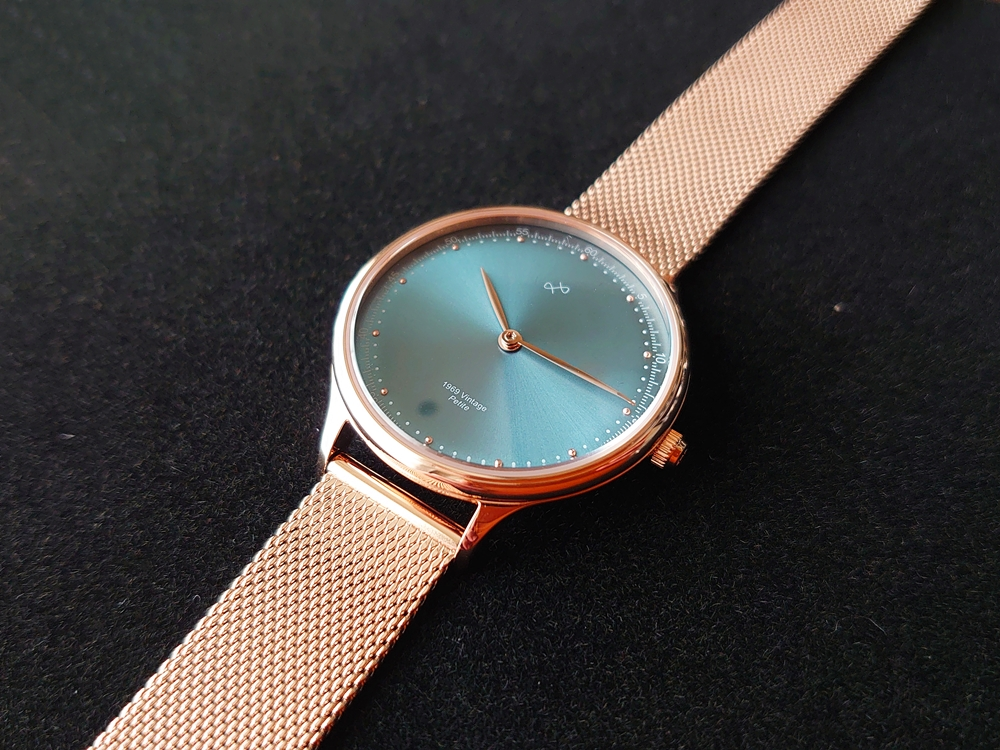 About Vintage(アバウトヴィンテージ)1969 PETITE ROSE GOLD BLUE SUNRAY ローズゴールメッシュ デザイン