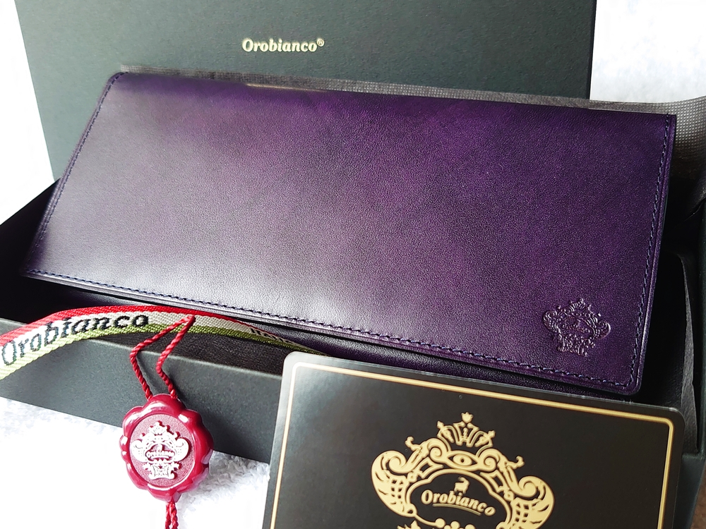 Orobianco(オロビアンコ)ファスナー付き長財布(品番:ORS-012608)ブラック 新品ケース取り出し