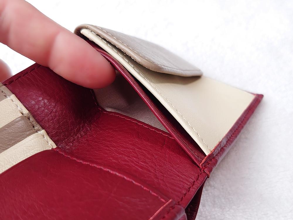 2つ折り財布(小銭入れ付き)ダークレッド レビュー JOGGO(ジョッゴ)フリーポケット右側