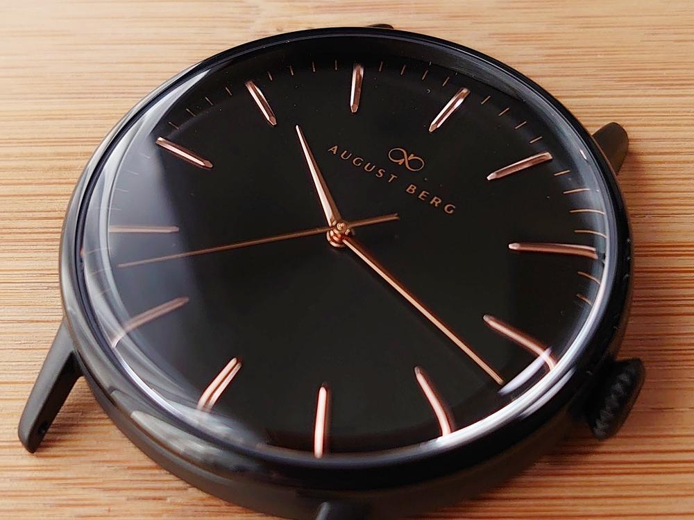 SERENITY(セレニティ)Noir Black(ノワール ブラック)40mm ブラックメッシュ August Berg(オーガスト・バーグ)ダイアル デザイン 2