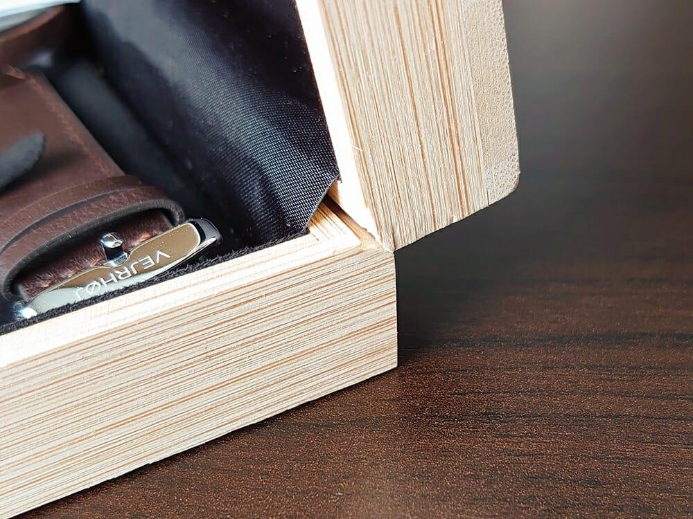 VEJRHØJ(ヴェアホイ)ARCH レビュー 木製ボックス ケースを開ける際の注意点