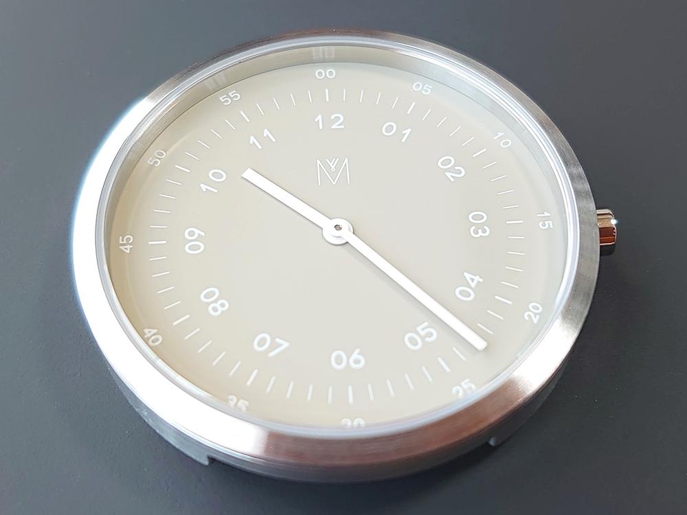 SMOKE GREEN OFFWHITE 40mm スモークグリーン(MV1001MPIGOW)ARTISANシリーズ MAVEN WATCHES(マベンウォッチズ)ダイアルデザイン 時計のみ