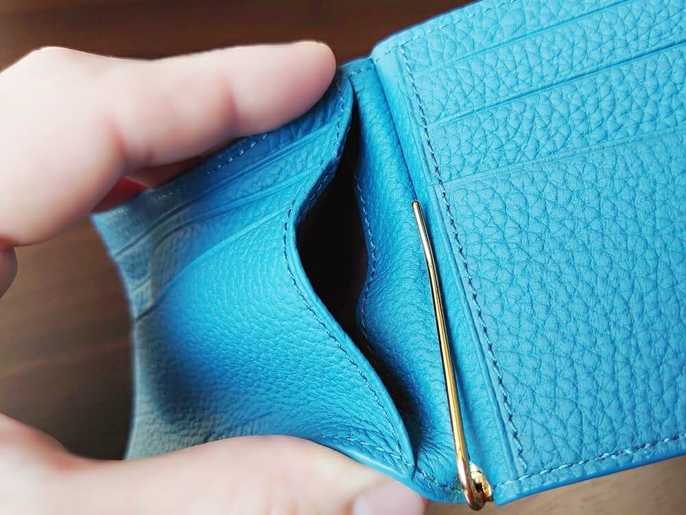 シュランケンカーフ マネークリップ(Blue)CIMABUE(チマブエ)Mens Leather Store(メンズレザーストア)フリーポケット カードポケット背面
