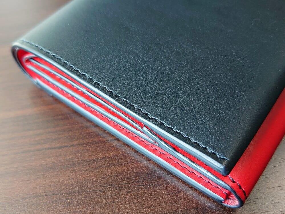 リスシオ ショート財布「Black x Red」NIBUR(ニブール)Mens Leather Store(メンズレザーストア)ステッチ 縫い目 仕上げ 2