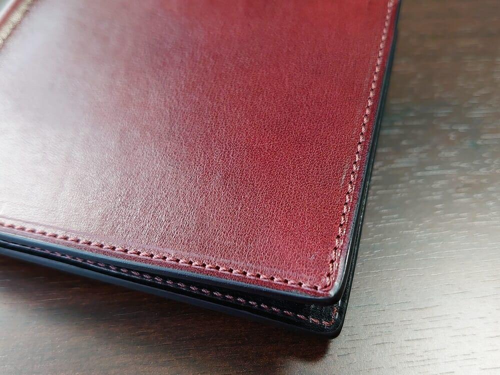 手揉みレザー マネークリップ コインケース付き LONESOME(ロンサム)Mens Leather Store(メンズレザーストア)手揉みレザーの質感とステッチ