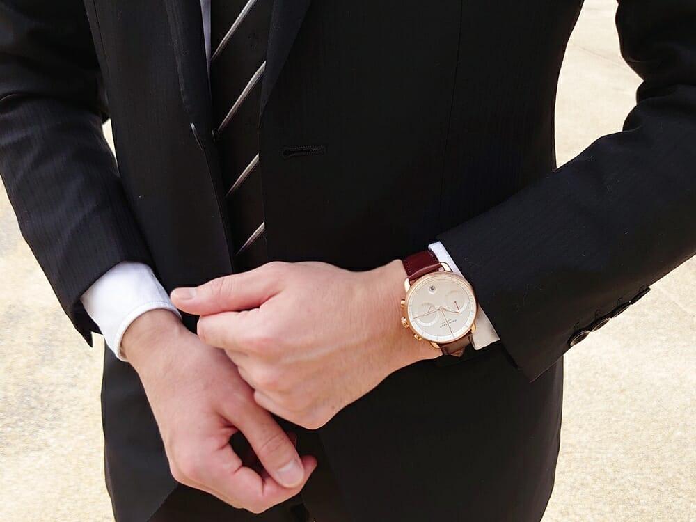 ビジネス腕時計 ビジネスマン スーツ Nordgreen ノードグリーン Pioneer パイオニア 着用 カスタムファッションマガジン