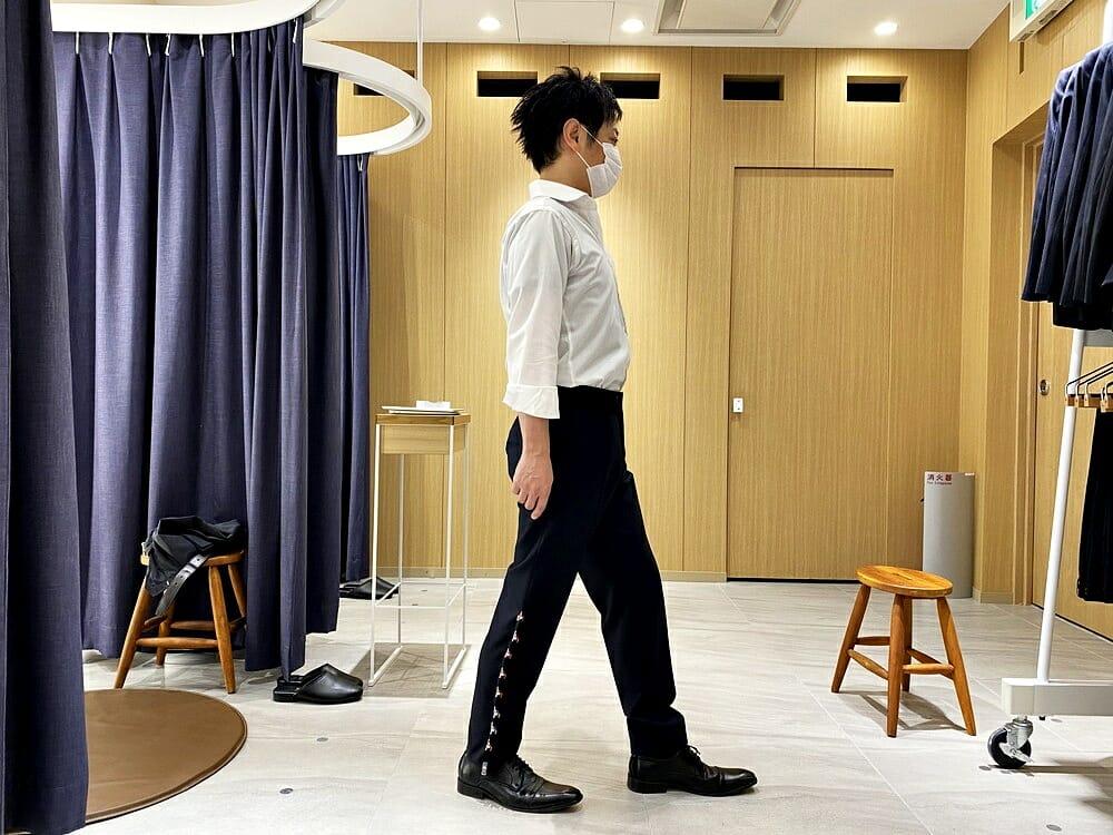 FABRIC TOKYO(ファブリックトウキョウ) 採寸 スラックスをクリップで理想のシルエットに調整