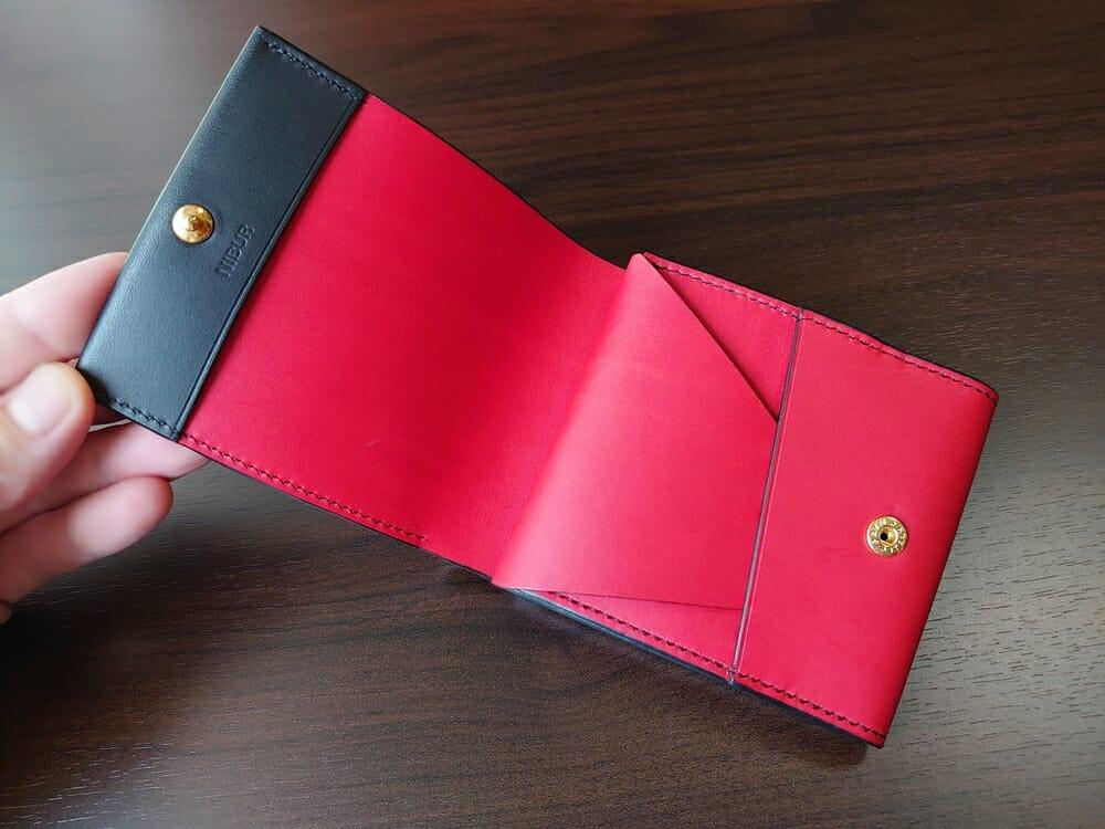 リスシオ ショート財布「Black x Red」NIBUR(ニブール)Mens Leather Store(メンズレザーストア)財布 内装