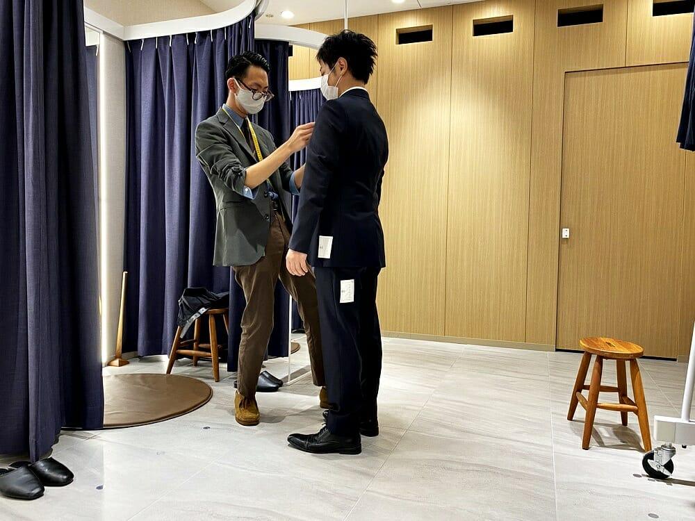 FABRIC TOKYO(ファブリックトウキョウ) 採寸 ジャケットのシルエットを調整