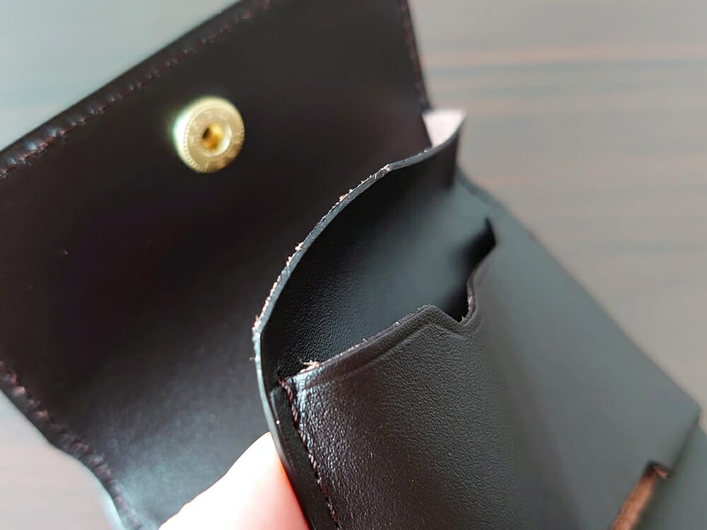 LIFE POCKET(ライフポケット)MiniWallet3 ミニウォレット3 espresso エスプレッソ レザーの薄さ 札入れの端