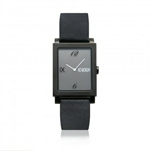 ATAES Black NM-56191 39×32mm NO Monday(ノーマンデー)腕時計