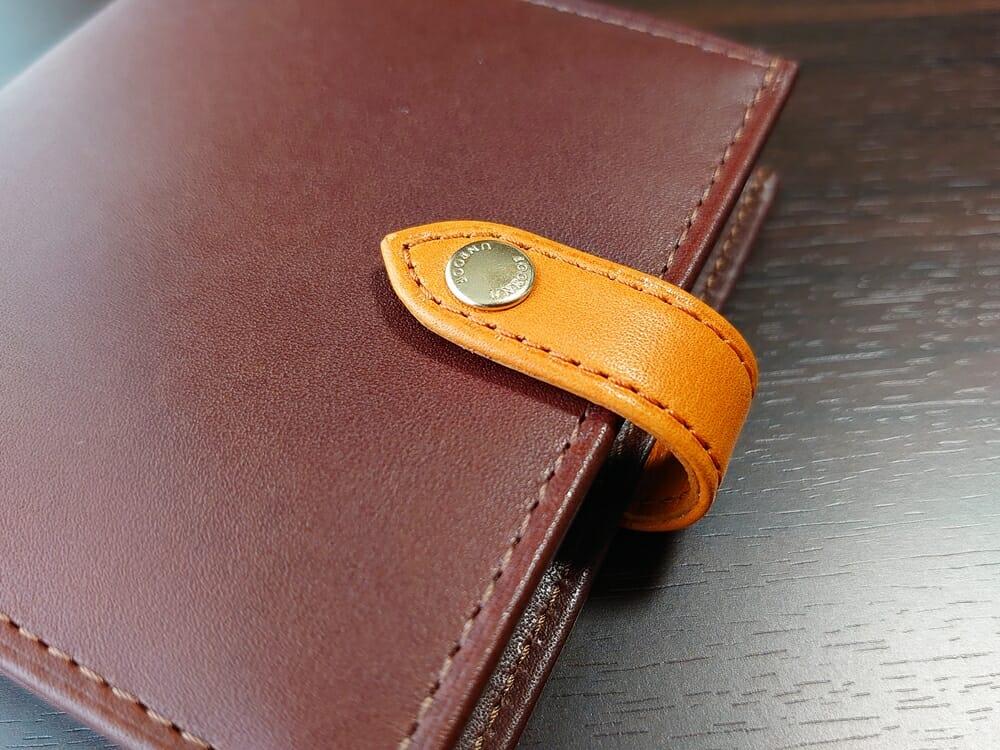 JOGGO(ジョッゴ)ENISHI 2つ折り財布 姫路レザー(ブラウン、オレンジ)ベルト ホック(ゴールド)