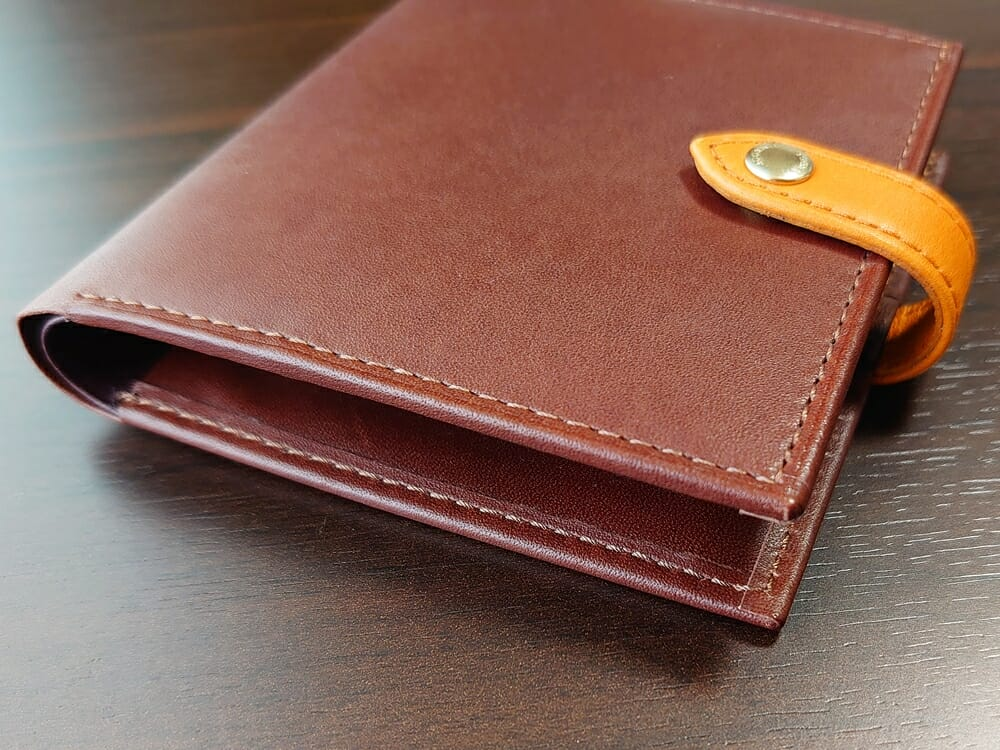 JOGGO(ジョッゴ)ENISHI 2つ折り財布 姫路レザー(ブラウン、オレンジ)ステッチ