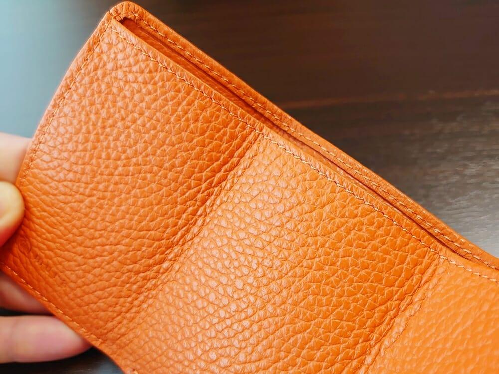 三つ折り財布 ST-909 イタリア製シュリンクレザー スキミング防止機能付 ミニ財布(オレンジ)MURA(ムラ)レザーの質感
