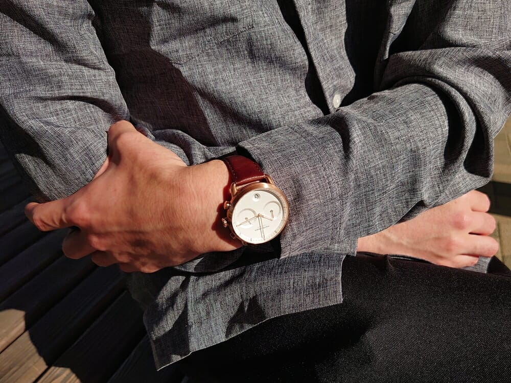 30代男性おすすめメンズ腕時計 Nordgreen ノードグリーン Pioneer パイオニア ローズゴールド ホワイトダイアル ブラウンレザー カジュアル着用 カスタムファッションマガジン