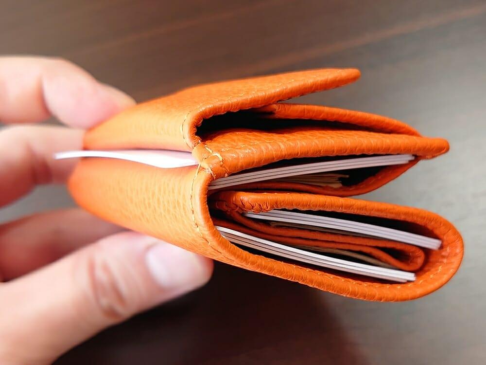 三つ折り財布 ST-909 イタリア製シュリンクレザー スキミング防止機能付 ミニ財布(オレンジ)MURA(ムラ)カード9枚 財布の厚み アウトポケットの使用