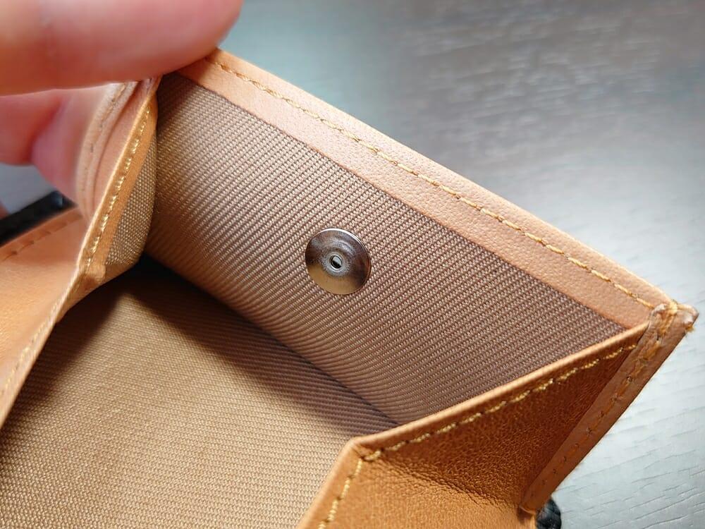 二つ折り財布 st-819 イタリアンレザー(フルグレイン)スキミング防止機能付 MURA(ムラ)スナップボタン HATO-HASHI 日本製 裏の留め具