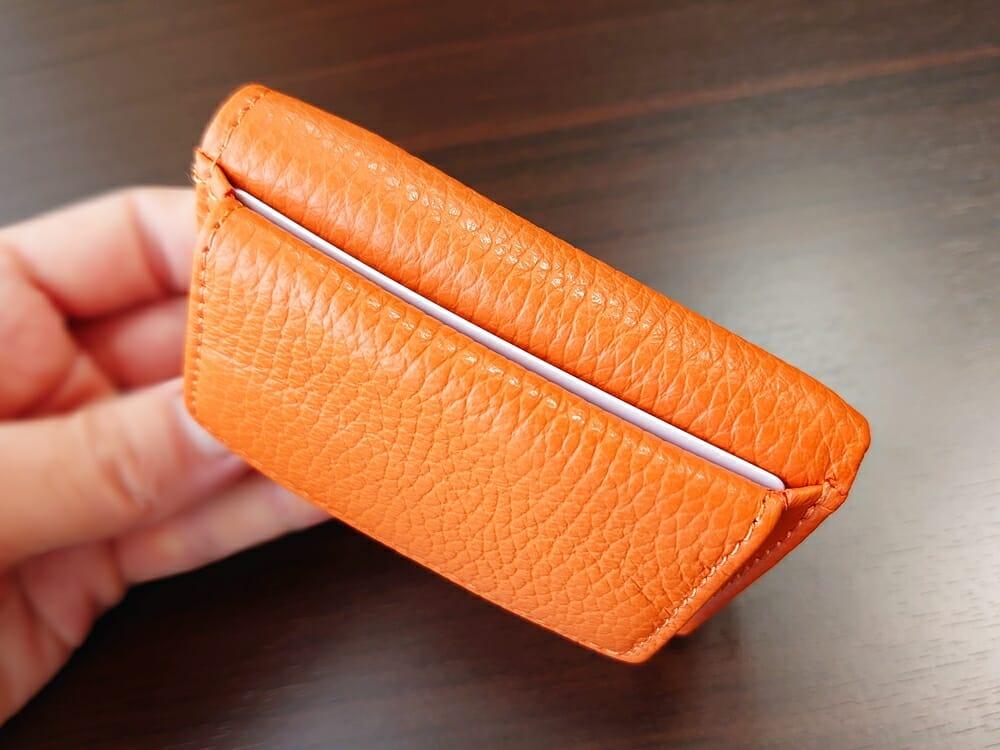 三つ折り財布 ST-909 イタリア製シュリンクレザー スキミング防止機能付 ミニ財布(オレンジ)MURA(ムラ)カードポケットの使い心地 アウトポケット