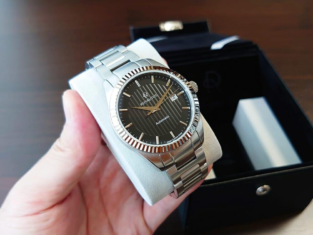 RENAUTUS ルノータス クラシックオートマチック40 カスタム ハイエンド機械式モデル フルーテットベゼル メタルブレス ブラックダイアル カスタマイズ 時計全体デザイン1