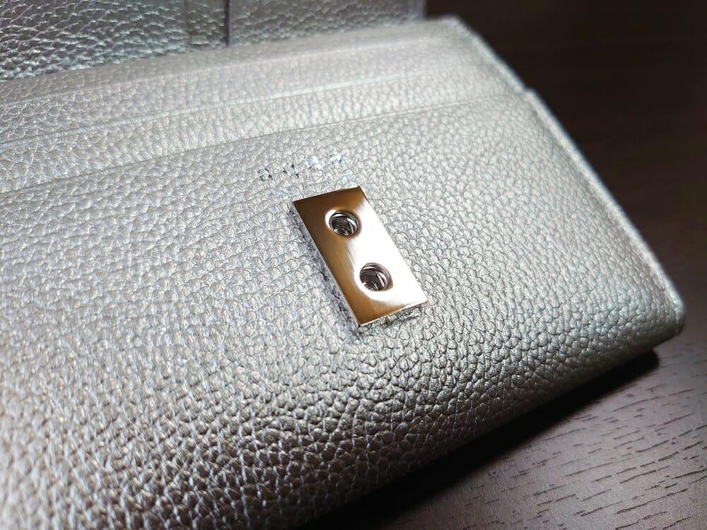 山藤 YAMATOU マルチパーパス サファイアシュリンク SS210500 シーシェルピンク レディース財布 内装デザイン スナップボタン2