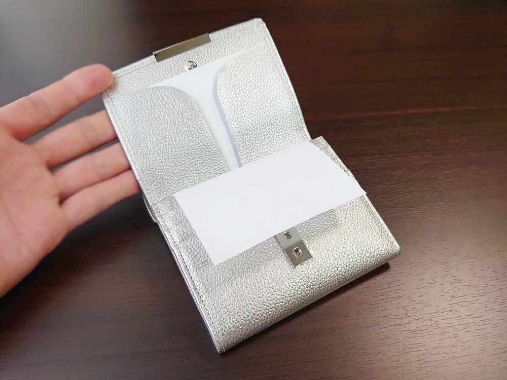 山藤 YAMATOU マルチパーパス サファイアシュリンク SS210500 シーシェルピンク レディース財布 内装デザイン1