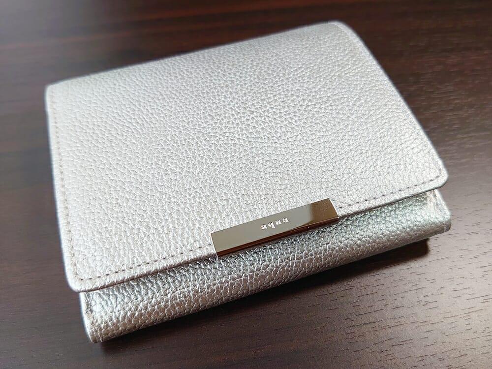 山藤 YAMATOU マルチパーパス サファイアシュリンク SS210500 シーシェルピンク レディース財布 デザイン 表