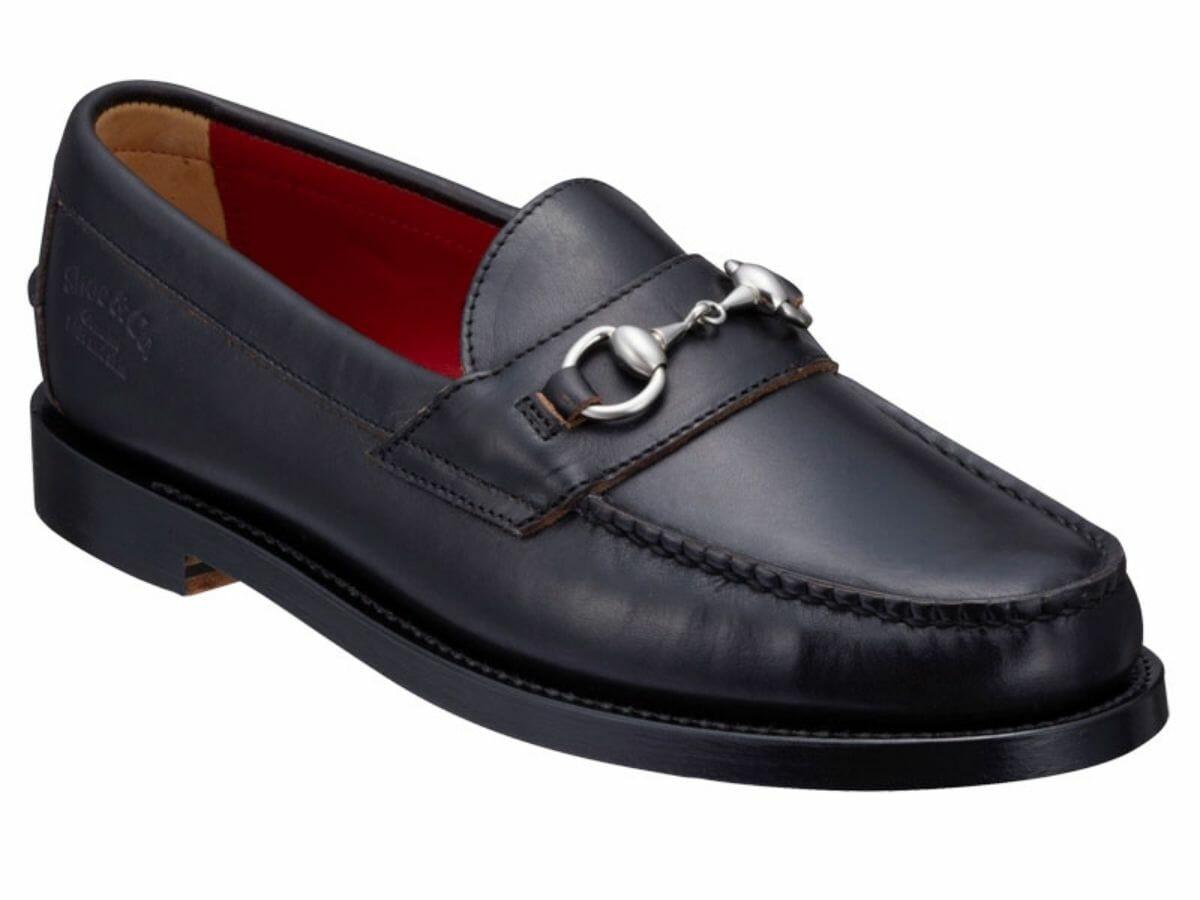 カジュアルコーデに合う革靴 ビットローファー
