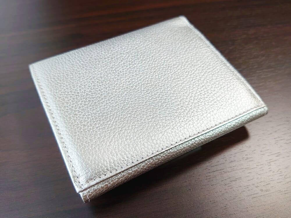 山藤 YAMATOU マルチパーパス サファイアシュリンク SS210500 シーシェルピンク レディース財布 デザイン 裏