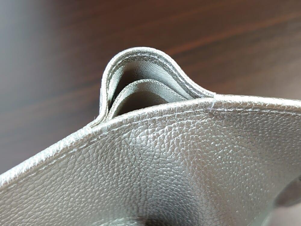 山藤 YAMATOU マルチパーパス サファイアシュリンク SS210500 シーシェルピンク レディース財布 札入れの仕様6