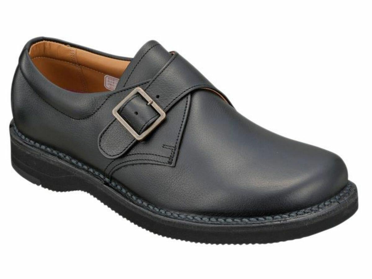 カジュアルコーデに合う革靴 モンクストラップ