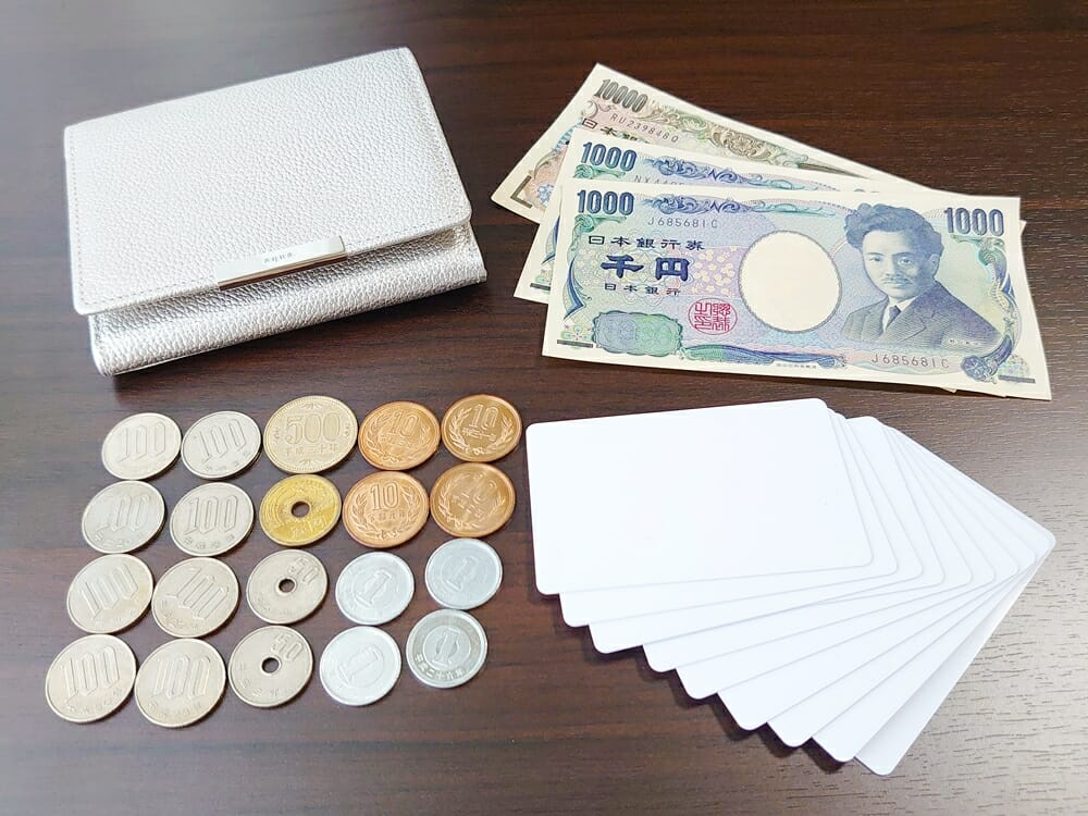 山藤 YAMATOU マルチパーパス サファイアシュリンク SS210500 シーシェルピンク レディース財布 お金とカードを入れる