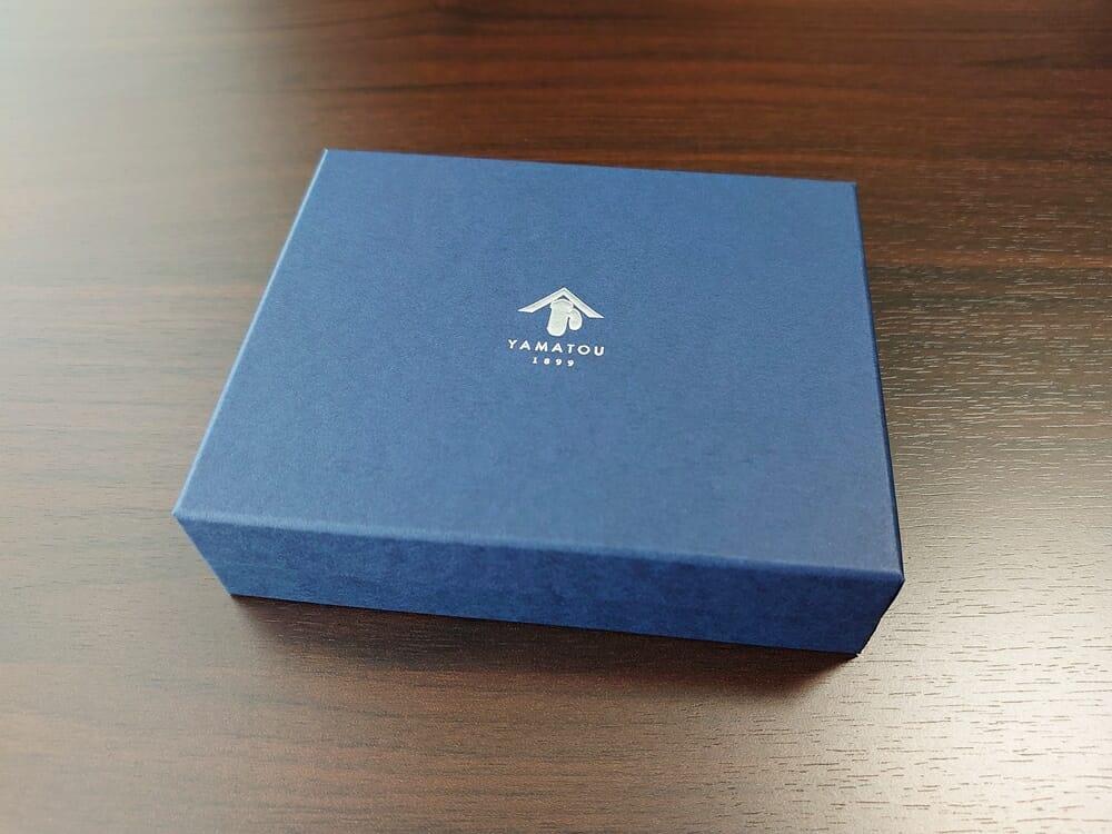山藤 YAMATOU マルチパーパス サファイアシュリンク SS210500 シーシェルピンク レディース財布 パッケージ