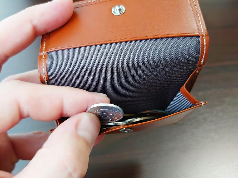 山藤 YAMATOU ミニミニウォレット Tito Alonso ティートアロンソ TA310300 ブラウン メンズ財布 小銭入れの使い心地3