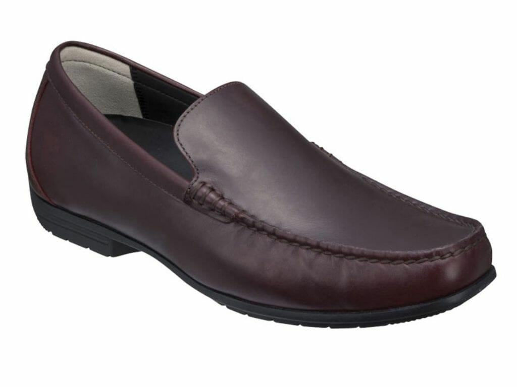 革靴のスタイルスリッポン