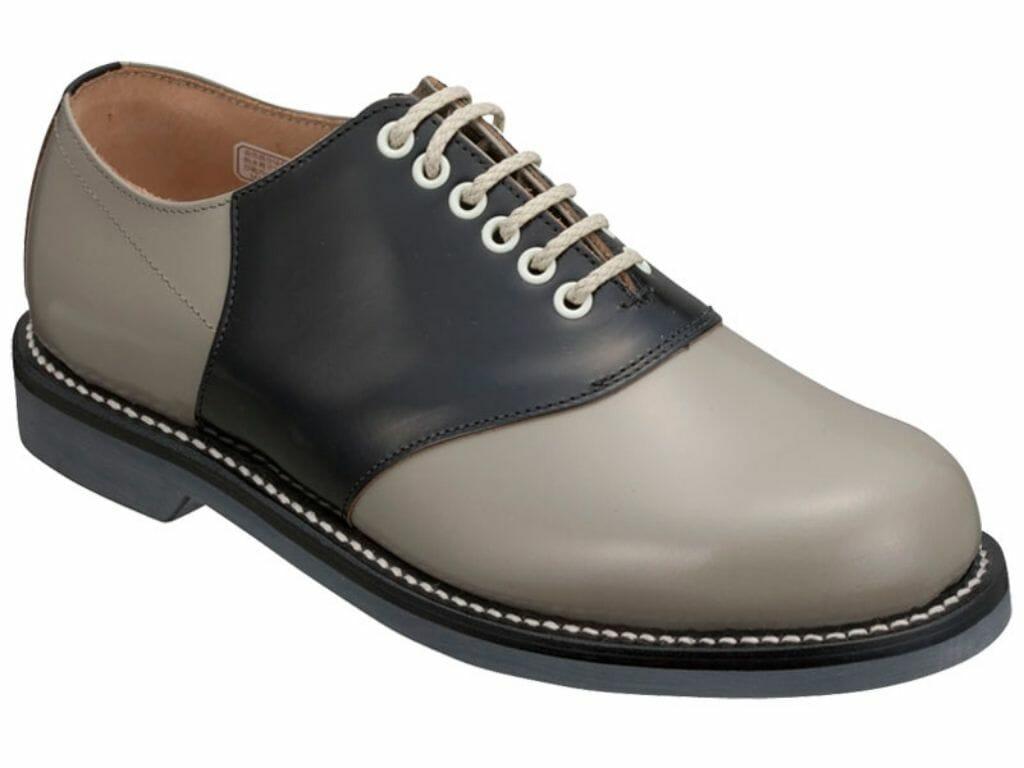 革靴のスタイルサドル